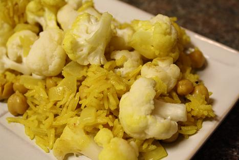 One-Pot Curried Cauliflower Rice
