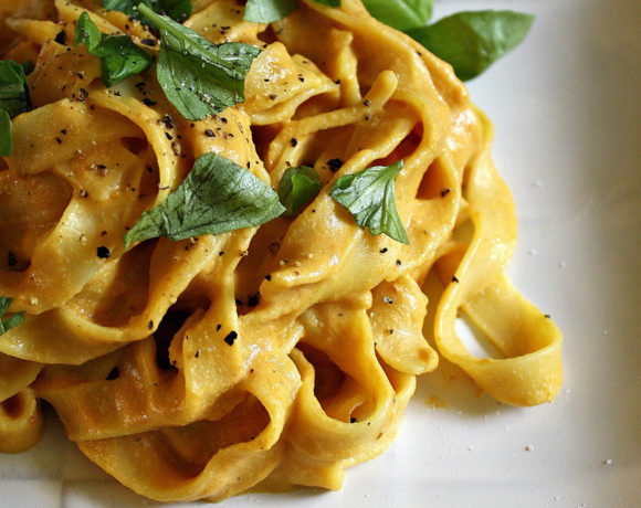 Creamy Pumpkin Pasta Means It's Officially Fall!